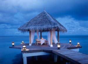 Ocean-view-dining-place-Taj-Exotica-resort-spa-1002